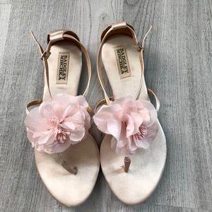 Beautiful sandals like new.Size 7